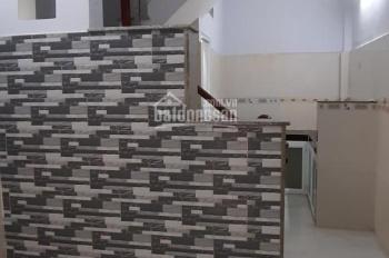 Bán nhà hẻm 1041 Trần Xuân Soạn, 1 trệt, 1 lầu, hướng Tây Nam. Giá: 2tỷ150triệu (TL)