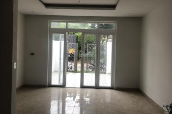 Cho thuê nhà 1 trệt 2 lầu, 15tr/th, 3 phòng ngủ, khu TDC Chánh Nghĩa, Thủ Dầu Một, LH 0911.645.579
