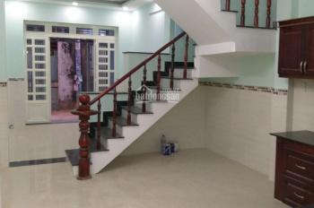Cần cho thuê gấp nhà giá rẻ đường Trường Chinh, P14, Q. Tân Bình