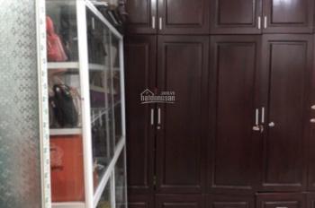 Cho thuê nhà full nội thất, 1 trệt 1 lầu, 2 phòng ngủ, 9tr/th hẻm Lê Hồng Phong, LH 0911.645.579