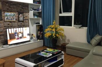 Bán chung cư Hồ Gươm Plaza bán full nội thất căn 3 pn, 2 wc, hướng BC Đông Nam. LH: 0354387774