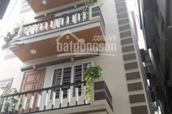 Cho thuê nhà phố Đặng Tiến Đông, Hoàng Cầu, S = 52m2 x 3,5 tầng