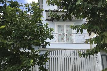 Cho thuê biệt thự KDC 13E Làng Việt Kiều Phong Phú đường Nguyễn Văn Linh, nhà mới NTĐĐ giá rẻ
