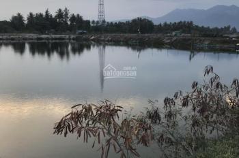 Cần bán 2 ha đất đầm Thủy Triều Bãi Dài, thích hợp phân lô, làm du lịch, giá chỉ 825 nghìn/m2