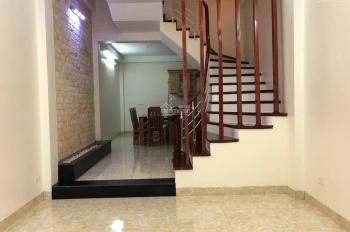 Bán nhà gần hồ Đền Lừ, Nguyễn Đức Cảnh, 60m2 xây 4 tầng có sân cổng, thoáng trước sau, giá 3,8 tỷ