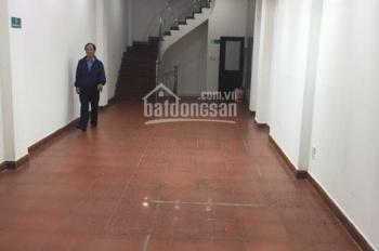 Cho thuê nhà MP Lạc Trung 100m2 x 2 tầng, MT 6m, giá thuê 45 tr/th. Liên hệ Tuấn 0936843923