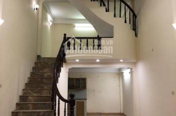 Cho thuê nhà 3,5 tầng tại Nguyễn Trãi