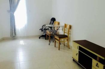 Cho thuê nhà hẻm xe ô tô Phan Chu Trinh, 1 trệt, 2 lầu, 3PN, giá 14tr, LH: 0941378787
