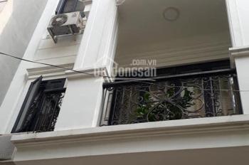 Bán nhà mặt phố Nguyên Hồng, phường Láng Hạ, 44m2, mặt tiền 4m, giá 14.4 tỷ