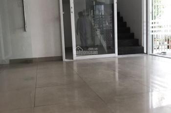 Chính chủ cho thuê nhà nguyên căn đường hẻm lớn 2 Bạch Đằng, khu sân bay Tân Bình, DT 4x20m