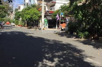 Mặt tiền khu họ Lê, DT 4x19m, giá 6.8 tỷ, đúc 2.5 tấm P. Phú Thạnh