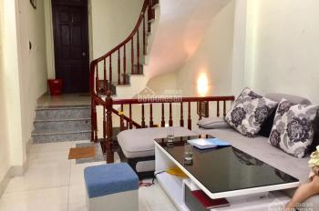 Nhà đẹp phố Trần Cung, Bắc Từ Liêm, tặng nội thất, 40m2, giá 2.5 tỷ