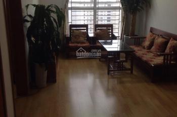 Cần tiền bán gấp căn hộ CT7 DT: 56.5m2 nhà đẹp, giá 900 triệu, sổ đỏ chính chủ: 0984503246