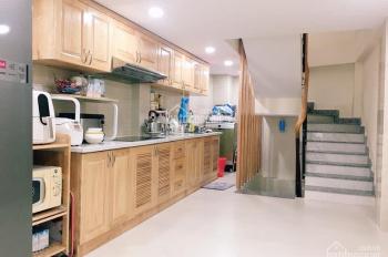 Cần cho thuê nhà Nguyễn Đình Chiểu, P5, Quận 3, 131m2 3 lầu, 3 toilet, 1 sân thượng rộng