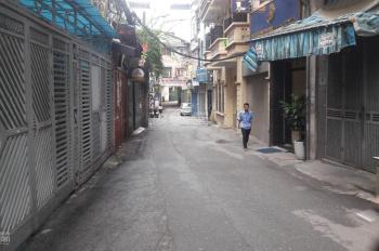 Bán nhà mặt ngõ 466 Đê La thành, ô tô tải đỗ cửa, DT 70 m2 x 4 tầng, MT 4,5m, giá bán 14 tỷ 700tr