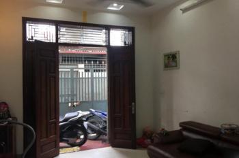 Chính chủ cần cho thuê nhà 3 tầng, DT 42m2 tại Thôn Nhuệ, xã Đức Thượng, huyện Hoài Đức, Hà Nội
