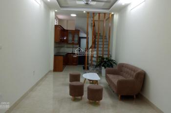 Bán nhà DT 45m2 * 5T xây mới, phố Định Công Hạ, Hoàng Mai, ô tô vào nhà, giá 3,28 tỷ. LH 0973883322