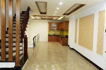 Bán nhà 60m2 * 5T xây mới khu chia lô Hoàng Mai, Đền Lừ, ô tô 7 chỗ vào nhà, giá 6,5 tỷ, 0973883322