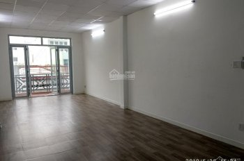 Nhà hẻm Yên Thế khu sân bay, 1 trệt, 3 lầu, 5PN, 5WC, nhà mới
