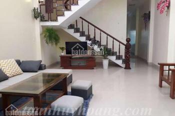 Cho thuê nhà đẹp khu Phạm Văn Đồng 4 phòng ngủ giá 1.100 usd - TOÀN HUY HOÀNG
