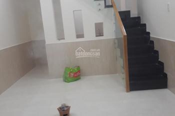 Nhà nhỏ xinh giá tốt tại Phước Long B, Q9, DT 24m2, giá chỉ 2.4 tỷ
