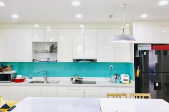 Cho thuê căn hộ Gold View Q4 - 3PN, 25tr, 117m2, nội thất cao cấp, view thoáng mát - LH: 0916189066