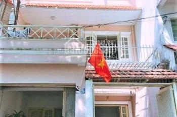 Cho thuê nhà 3 lầu Yên Thế, P2, Tân Bình. DT: 6x16m, hẻm xe hơi (giá thuê 27tr)