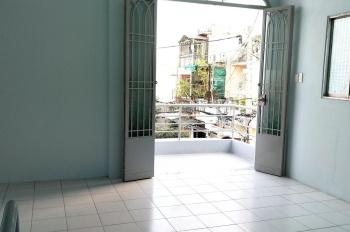 Cho thuê nhà nguyên căn HXH Hoàng Hoa Thám (7x9m) Q. Bình Thạnh, 5p vào Q1