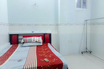 Phòng chợ Tân Định, full nội thất, free nước, net, cáp, thang máy, ban công, 4.5tr/th