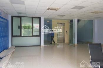 Chính chủ cho thuê VP hot ở Xuân Thủy, S = 80m2, giá chỉ 10 triệu/tháng. LH ngay: 0989048753