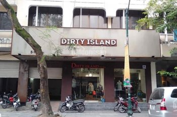 Cần nhượng CH thời trang phố Tràng Thi mặt tiền 10m, DT 100 m2, giá thuê thỏa thuận, có chỗ để