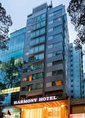 Cho thuê khách sạn đường Đông Du, p. Bến Nghé q. 1; 43 phòng tiêu chuẩn 3 sao; Giá thuê 745.92 triệ