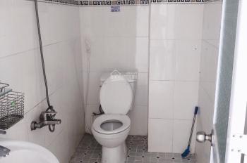Cho thuê nhà 7tr/th, 3 phòng ngủ, 1 trệt 1 lầu hẻm Lê Hồng Phong, Phú Hòa, 108m2, LH 0911.645.579