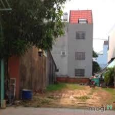 Cần bán gấp lô đất mặt tiền đường Lê Lợi, P.4, Gò Vấp, Sổ Hồng Riêng, giá 26tr/m2, bao xây dựng.