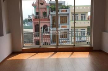 Cần cho thuê gấp nhà mặt tiền Phạm Văn Bạch, Tân Bình. 4,8x15m 1 trệt 3 lầu 6PN 5WC, 35tr/tháng