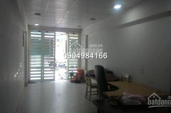 Cho thuê nhà riêng 50m2 x 2 tầng phố Hồng Hà, ngõ rộng ô tô quay đầu, tiện làm VP, kinh doanh