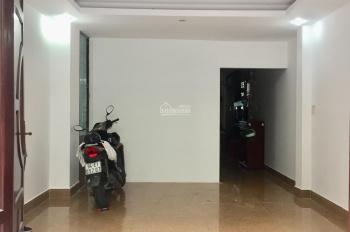 Cho thuê mặt bằng hẻm xe hơi Cao Thắng, Quận 10, LH 0945409545