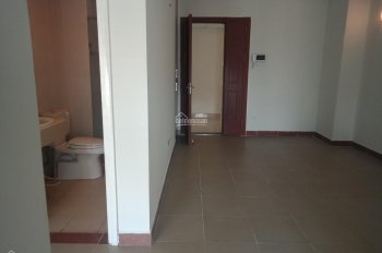 Chính chủ bán căn hộ tầng trung CT4B Xa La, Phúc La, Hà Đông. 2 pn, 2 vệ sinh 950 tr. 0988359758