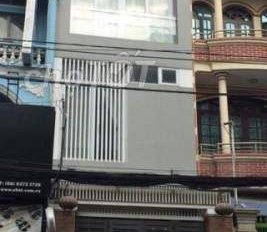 Cho thuê nhà Nguyễn Đình Chiểu, quận 1, 6x11m gồm 4PN, 5 WC