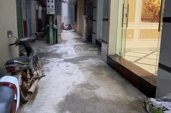 Chính chủ bán nhà 4 tầng ngõ 211 Khương Trung, Thanh Xuân, Hà Nội. LH: 0978688666