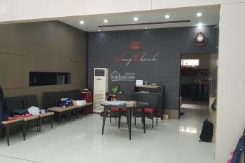 MT Nguyễn Chí Thanh, 4 tầng, 5 phòng ngủ, hướng Đông, DT 5,5x22, thích hợp làm spa. LH 0366 688 688