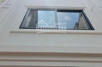Bán nhà dân tự xây Thạch Bàn 59m2 x 3 tầng, ngõ 2,2m, giá 1,85 tỷ (cách chợ Đồng Dinh 100m)