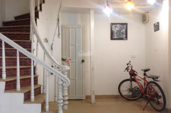 Cho thuê nhà mặt phố Nguyễn Đình Thi cực đẹp kinh doanh, văn phòng