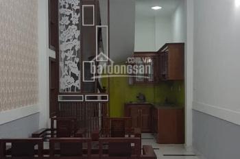 Bán nhà phố Định Công ,Hoàng Mai gần hồ điều hòa ,dt 31m2 5 tầng mới .Giá 2.3 tỷ .LH 0392469906