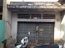 Cần vốn KD bán nhà nát mặt tiền quận Gò Vấp giá 73m2/820tr, hẻm 10m đường Phan Huy Ích SHR, TDXD