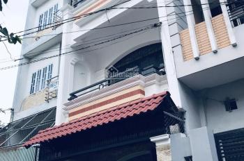 Bán nhà Đường Tân Sơn Nhì. Hẻm kinh doanh 5m. Dt 4x15m. 1 trệt 2 lầu. Giá 6,5 tỷ.