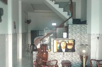 Bán nhà Quận 9, Khu Dân Cư Đông Sài Gòn (đường Gò Cát), nhà 1 trệt 2 lầu, LHCC: 0967566639