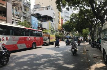 Chính chủ bán nhà MT Nguyễn Thông, Q3, DT 21.6m2, trệt + 2 lầu, giá: 11 tỷ TL. LH 0943008390
