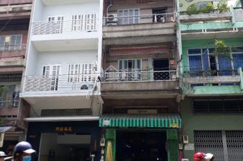 Cần tiền bán gấp nhà mặt tiền Hùng Vương, P. 9, Q. 5 DT: 5x38m gần chợ An Đông