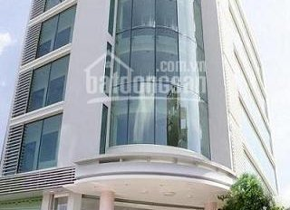 Cần bán gấp mặt tiền Võ Văn Tần, P5, Q3 DT: 6.2 x 12m KC: 4 tầng thu nhập 150tr/th. Giá 28 tỷ